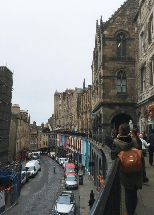 Co vidět v Edinburghu - Victoria Street
