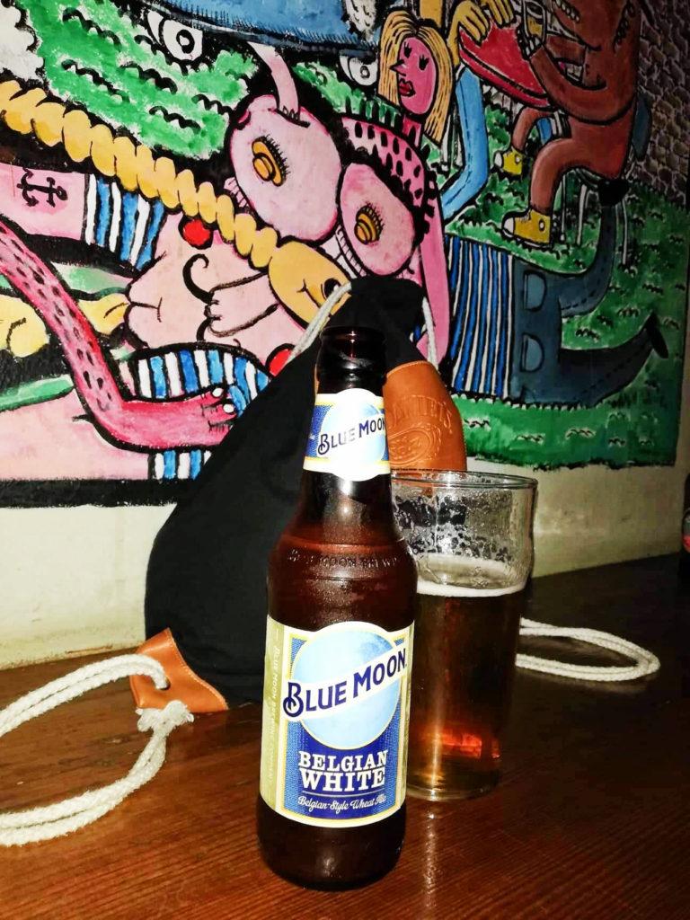 Bar v Malaze